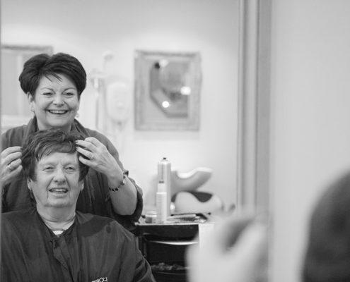 Friends salon photo project